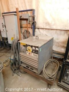 Lincoln IdealArc DC-400 Arc Welder with Cart