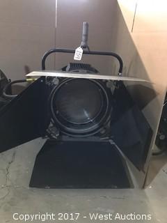 Quartzcolor 2.5K DE HMI Fresnel