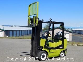 Clark CGC25 4,600 LB Capacity Propane Forklift
