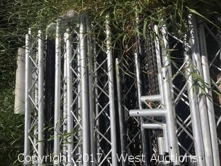 Mixed lot of Triangle Truss