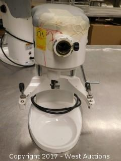 (1) Globe SP5 Commercial Food Mixer
