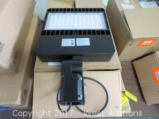 (1) Yaorong Commercial LED Parking Area Lamp