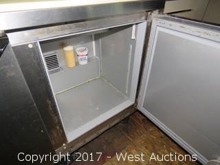 Beverage Air Refrigerated Salad / Sandwich Prep Table