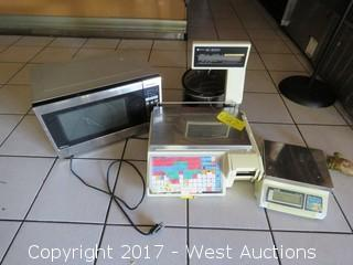 (2) Deli Scales, Microwave, Crockpot