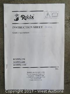 Robix Roppi Grain Cracker with Grist Case