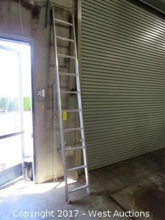 Aluminum Ladder 10'