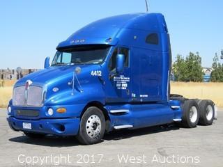 2008 Kenworth T2000 Sleeper Cab Semi Truck