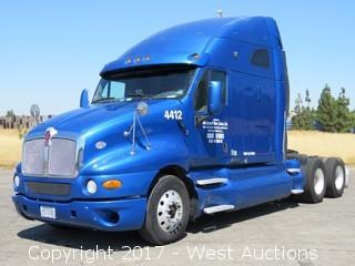 2008 Kenworth T2000 Sleep Cab Semi Truck