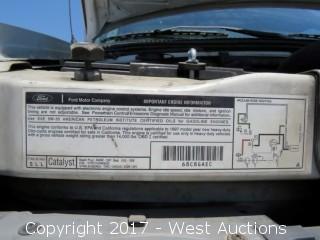 1997 Ford E-Superduty 16' Box Truck