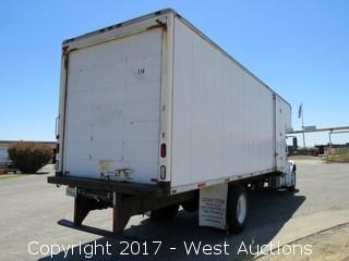 2005 Freightliner M2106 26' Cabover Box Truck