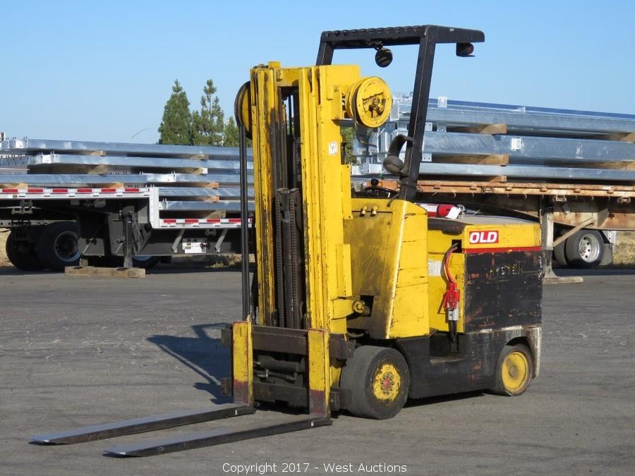Bankruptcy Auction of Moovers Inc; Trucks, Trailers and Forklifts