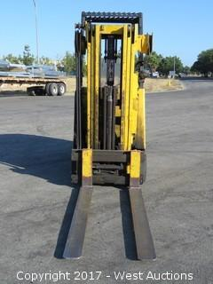 Hyster Heavy Duty Stand Up Electric Forklift with Extension Cord and Charger