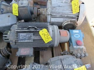 Marathon 5 HP 3 Phase Motor with Cat 341RS.0220 Pump System