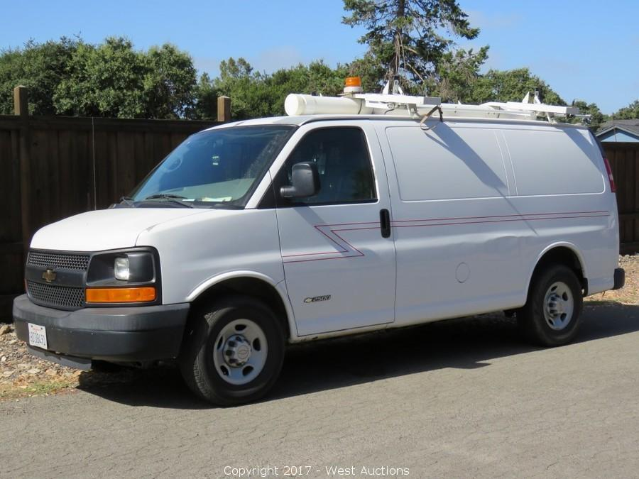 2006 Chevrolet Utility Van, Trailer and Go-Karts