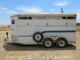 1995 Western World Arrow 3SE Horse Trailer