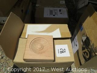 (36) Oak Corner Blocks