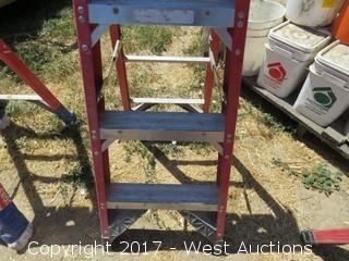 Werner 4' Fiberglass Ladder