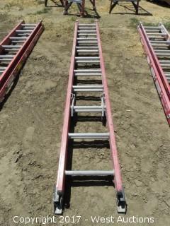 Werner 20' Extendable Fiberglass Ladder