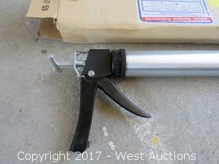 Albion Dispensing Solutions Trigger-Actuated Dispensing Gun