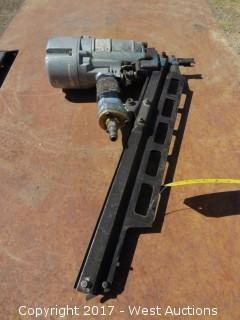 Hitachi NR 83A2 Strip Nailer