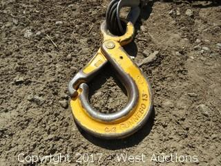 (1) Rigging Chain w/ 2 Grip Latch