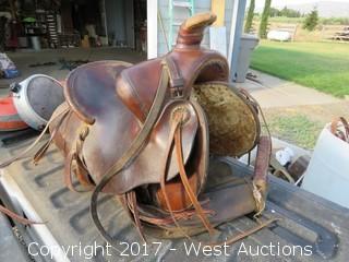 Vanco Leather Horse Saddle Form Fitter
