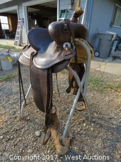 Vanco Leather Horse Saddle Form Fitter