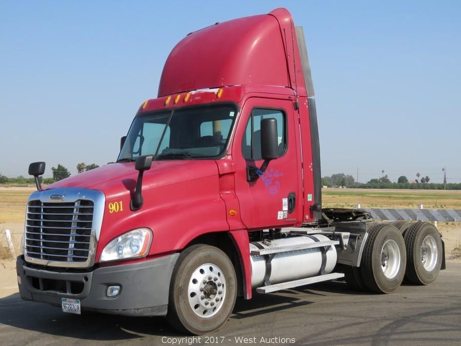 Bankruptcy Auction of Big Rigs; International, Freightliner, Kenworth