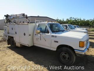1990 Ford Super Duty Custom Diesel Utility Crane Truck (Needs Clutch Work)