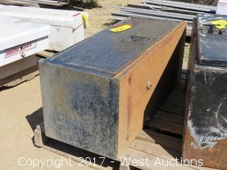 Lockable Truck Box (No Key)