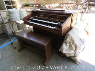 (1) Yamaha Electone Organ with Bench