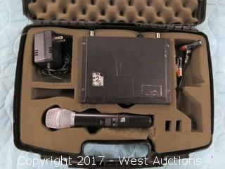 Shure SLX4 Unit with Microphone