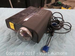 Benq MP771 Projector