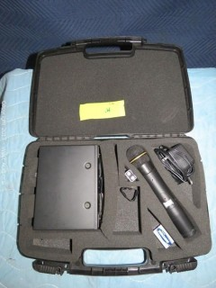 EV N/DYM Series Receiver with Microphone and Carry Case
