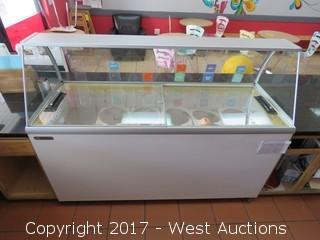 "Metalfrio MSF70 70"" Portable Glass Top Ice Cream Display Freezer"
