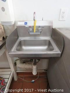 Regency Stainless Hand Wash Sink with Sidesplash