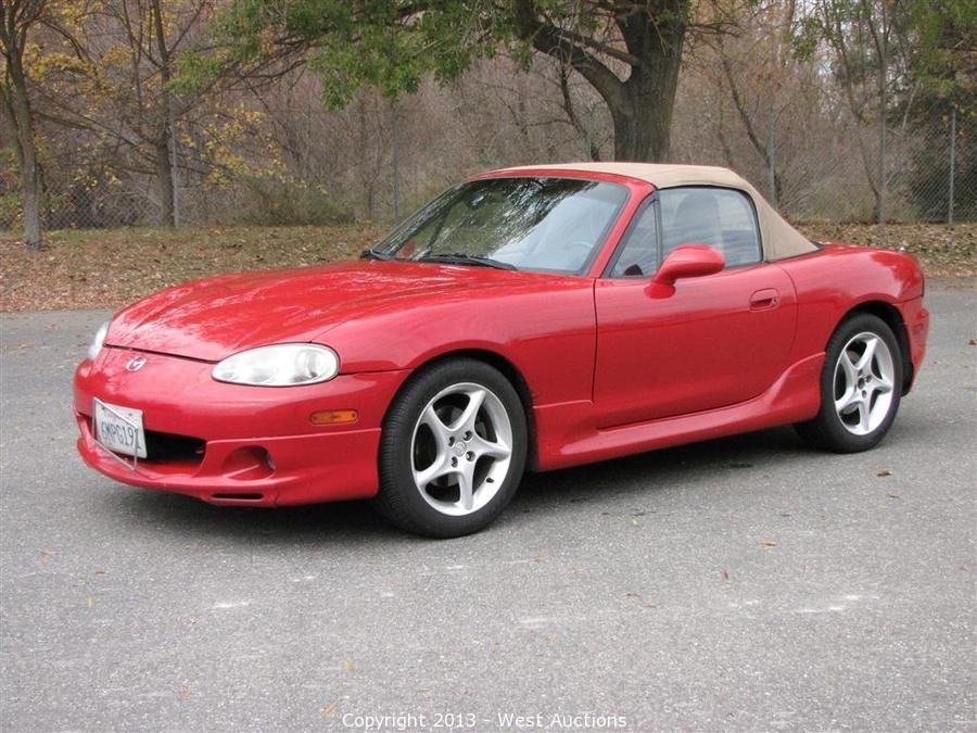 West Auctions - Auction: 2002 Mazda Miata MX-5 Soft Top Convertible