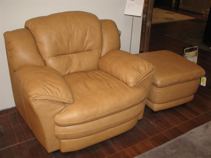 Pleasant West Auctions Auction Bellachs Leather For Living Creativecarmelina Interior Chair Design Creativecarmelinacom