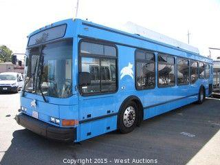 2001 NABI 27 Passenger CNG Luxury Bus