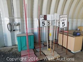 (14) Speed Limit Portable Signs