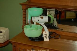 1950's Sunbeam Mixer with (2) Jadeite Bowls