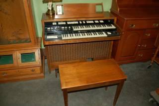 Hammond Organ with Stool