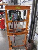 Yellow Jack 20 Ton Shop Press