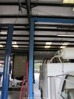 BENWIL Hydraulic Automotive Lift