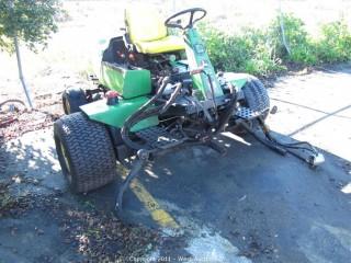 John Deere 3215B Tractor
