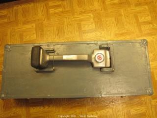 Carpet Stretcher with Knee Kicker