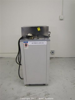 Trio Tech ET 244S Pressurized Humidity Test System / Autoclave