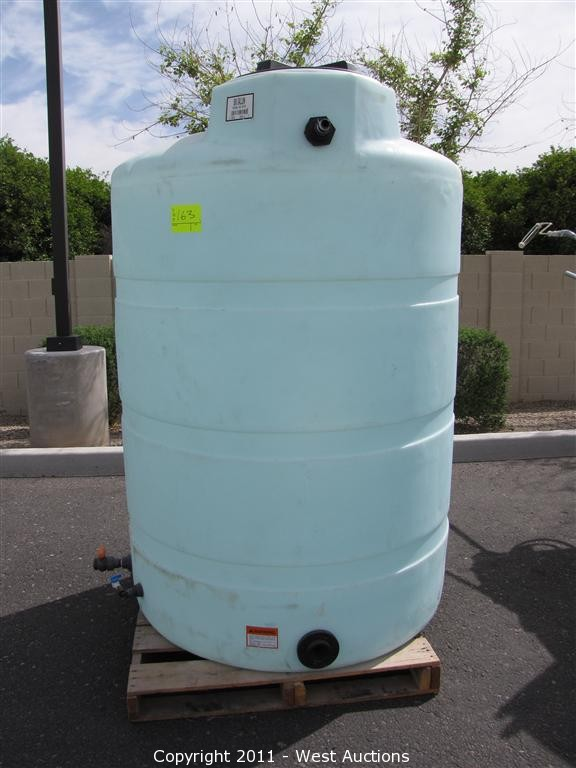 500 Gallon Water Tank >> West Auctions Auction Solar Glass Working Auction In Mesa