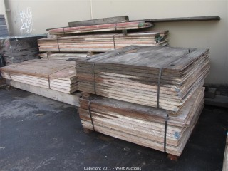 Lot of Scaffolding Beams, Planks, Plywood and more