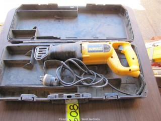 DeWalt  DW303M Reciprocating Saw